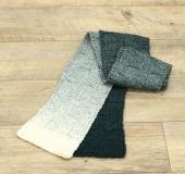 ランドスケープで編む ブロック模様のマフラー