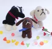 【干支・戌】かぎ針「アミュレ」で編むおすわり編みぐるみ