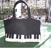 ピアノのレッスンバッグ