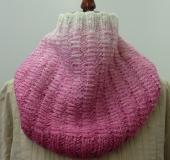 ランドスケープで編む フロート模様のスヌード