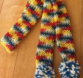 リリアン編みのマフラー(年長児作)