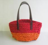 ジャンボかぎ針「アミュレ」で編む 裂き編みの小物入れ