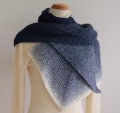 ランドスケープで編む ガーター編みのイカ型マフラー