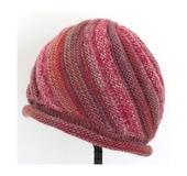スクリュー模様の帽子